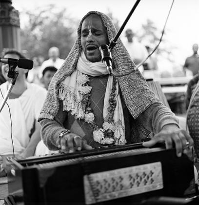Madhava Leads the Kirtan