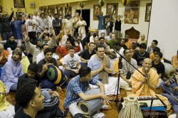 The final moments of HH Radhanath Swami's Kirtan