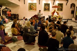 Kirtan at the Rukmini Dwarkadish Mandir in LA